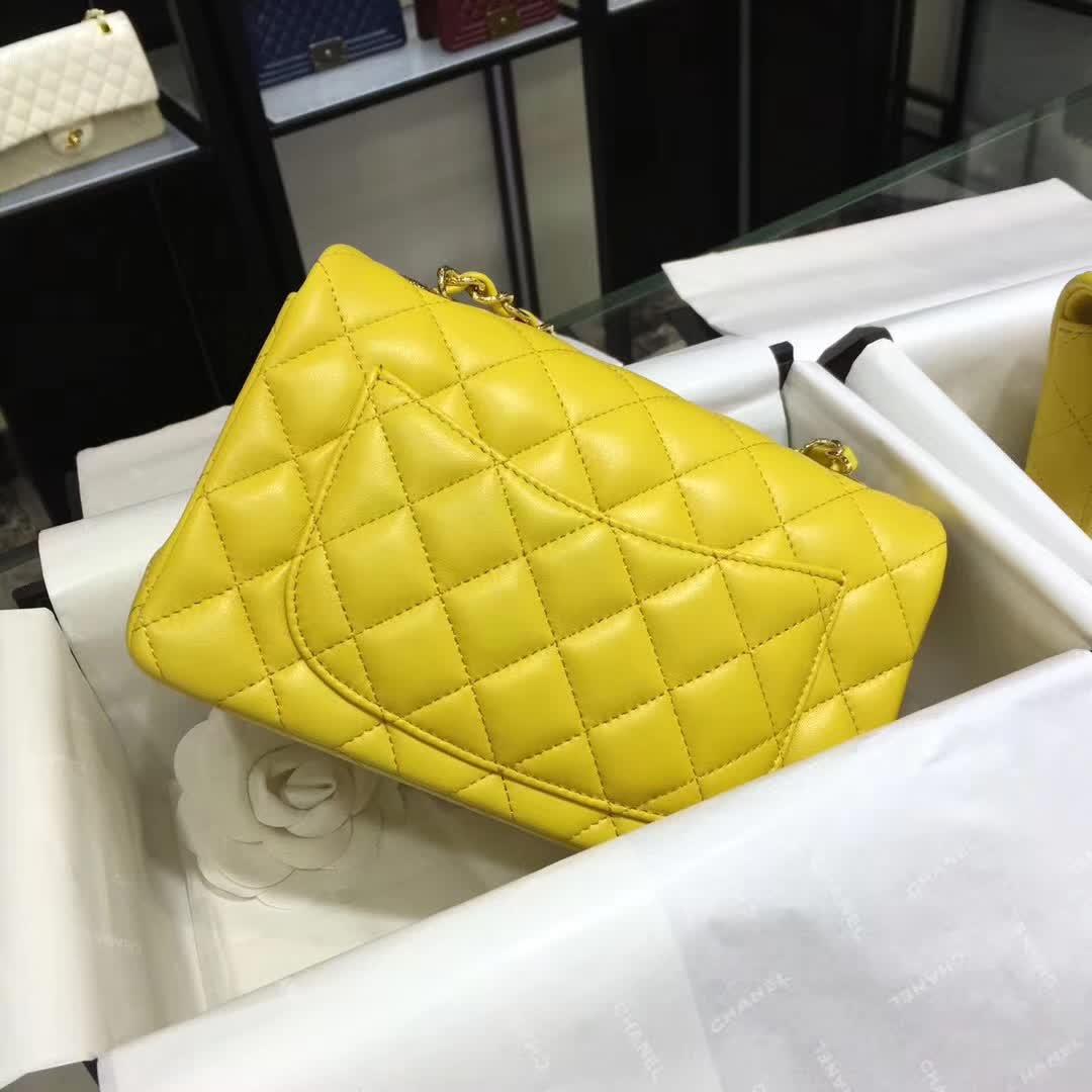Chanel 香奈儿 Classic Flap 小羊皮 明亮黄 20cm  金