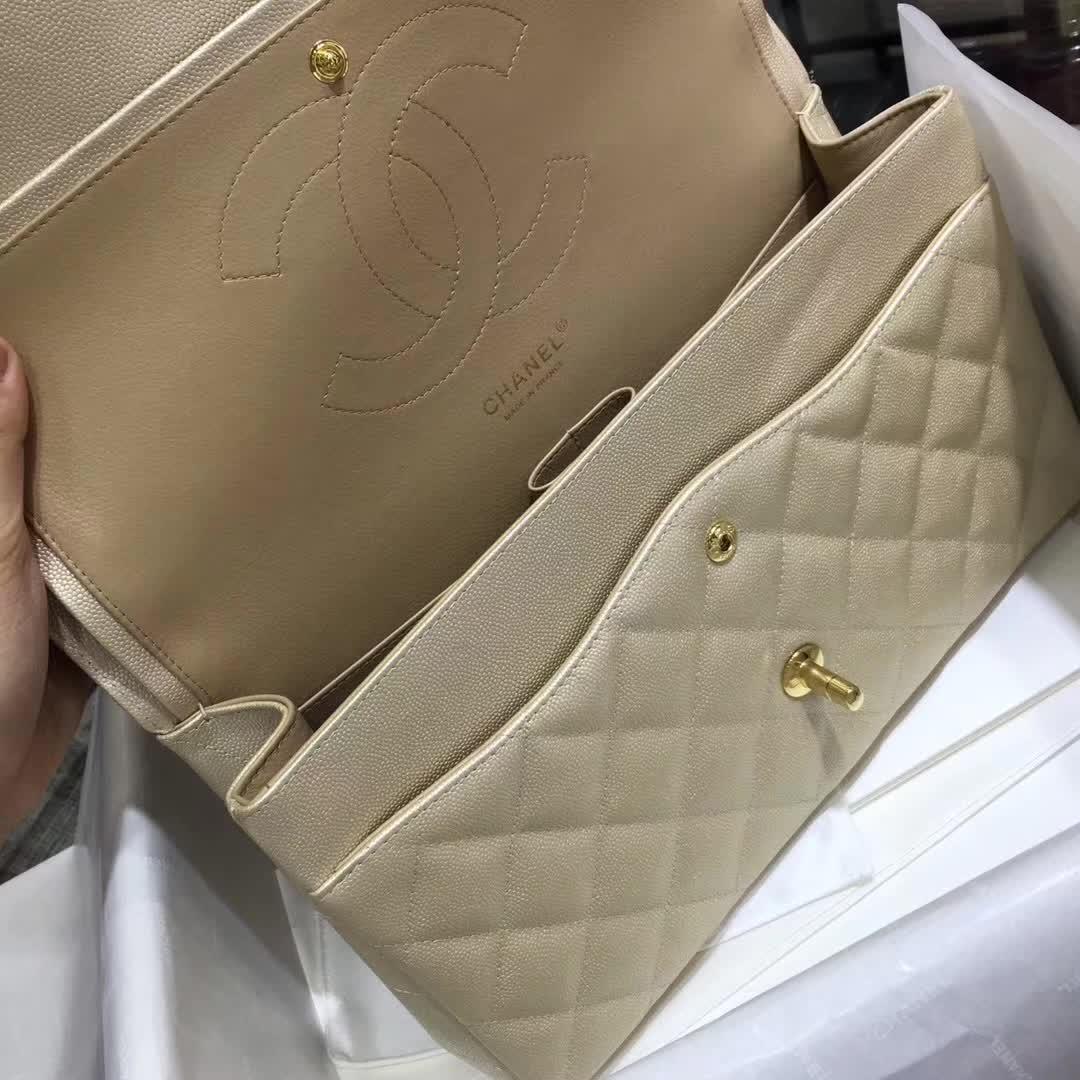 香奈儿女包批发 Classic Flap 鱼子酱 金色 30cm 金扣