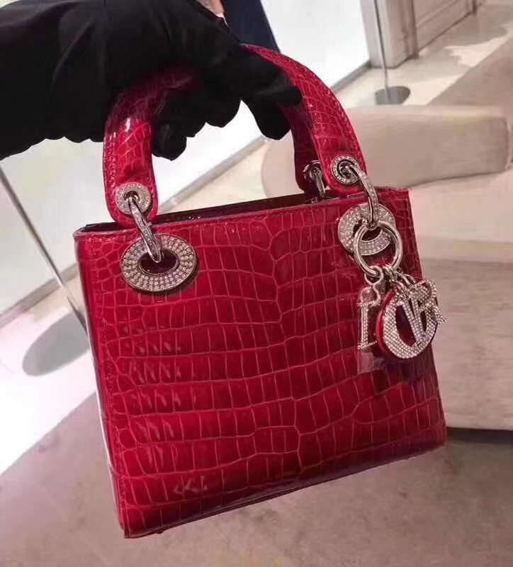 Dior 迪奥 戴妃 鳄鱼皮钻石扣定制 出货实拍 欢迎品鉴 玫红