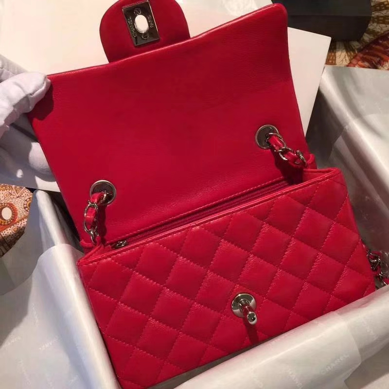 Chanel 香奈儿 Classic Flap Bag 进口小羊皮 20cm 现货 大红 银扣