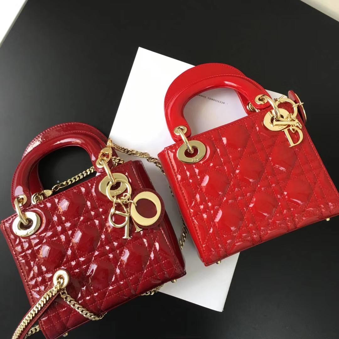 Dior 迪奥 小号 戴妃包 Lady Dior 17cm漆皮戴妃 现有颜色 大红色 珊瑚红