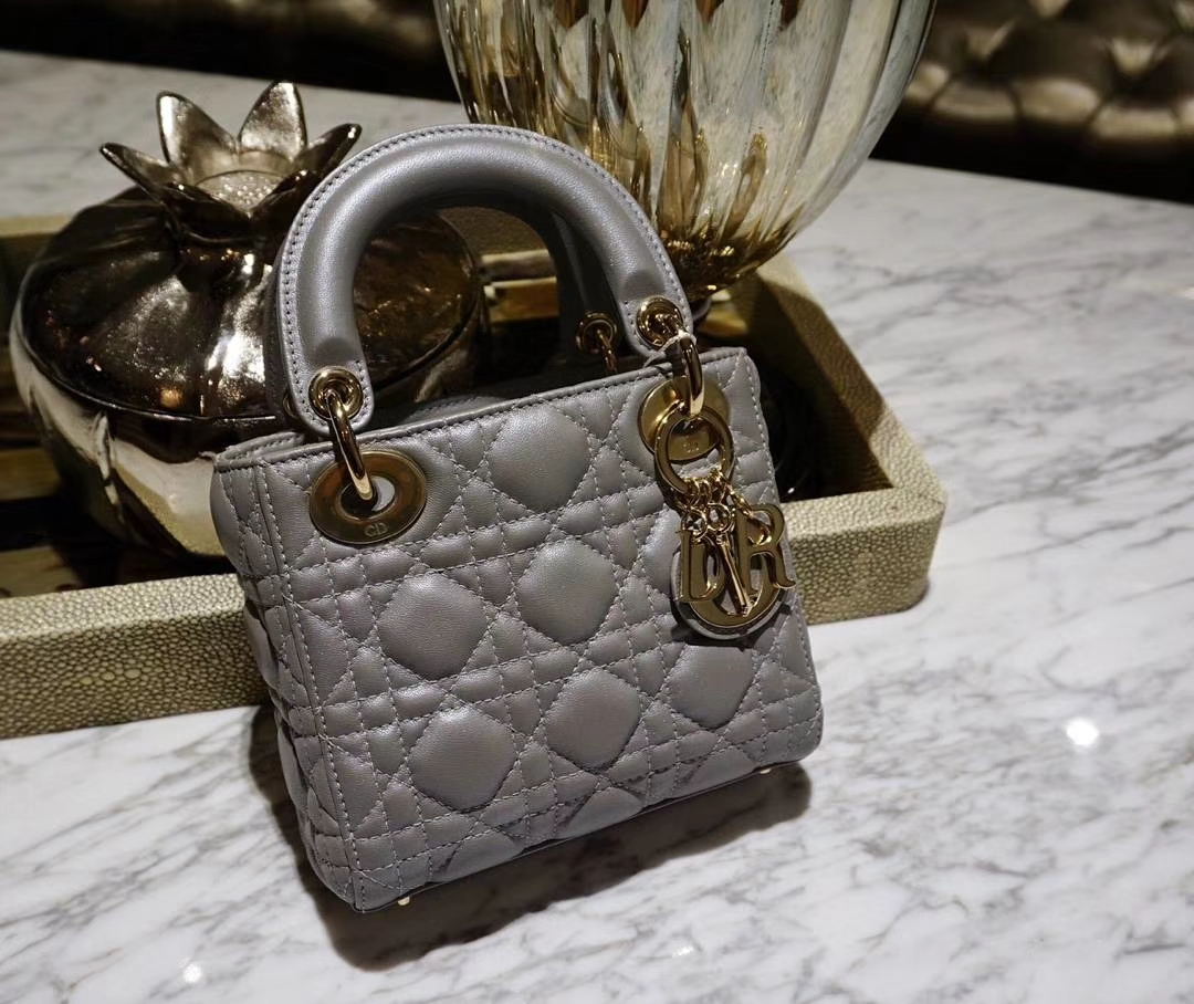 Dior 迪奥 戴妃包 Lady Dior 三格小羊皮戴妃 珠光皮 灰色