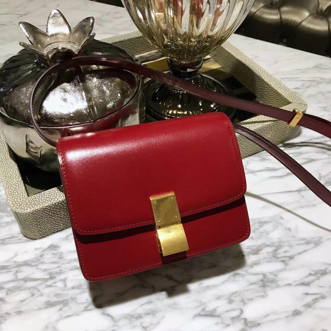CÉLINE(赛琳)豆腐包 box小号 16cm  复古红 是红色系最畅销的颜色