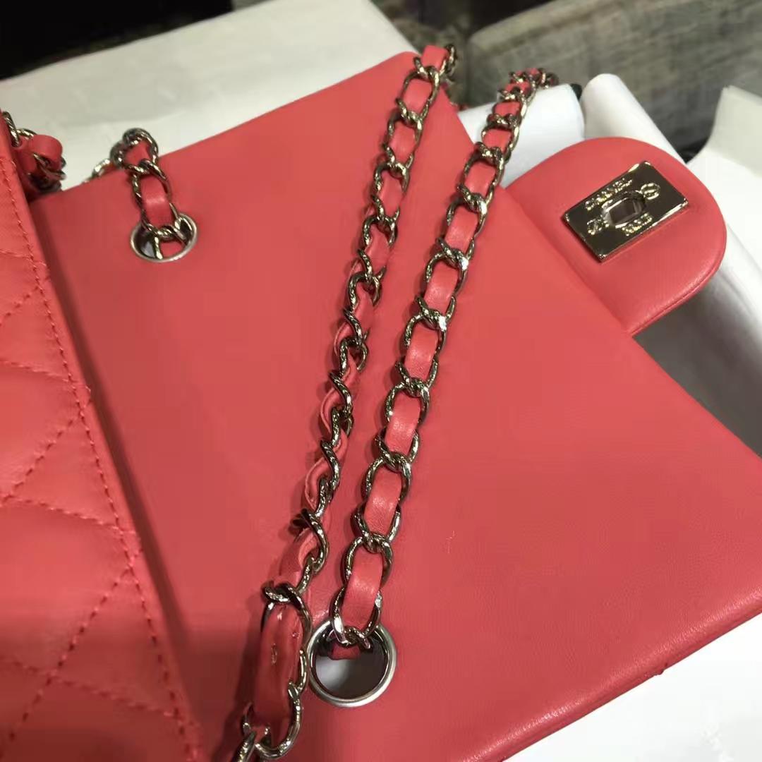 Chanel Classic Flap 20cm 原厂皮小羊皮 西瓜红 银扣