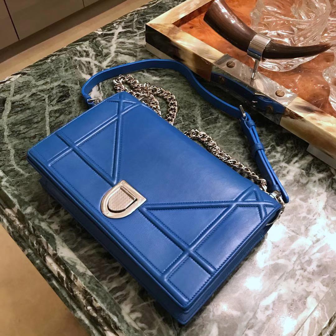 Dior 腾格纹 小羊皮蓝色 25cm 电光蓝