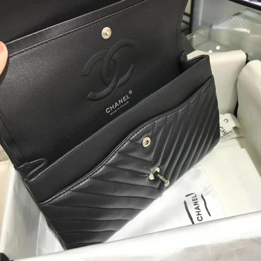 Chanel 香奈儿 VZ系列 25cm 进口小羊皮 黑色 银扣