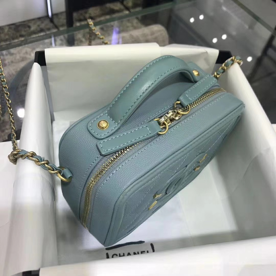 Chanel 香奈儿 化妆包 17cm 原厂皮小鱼子酱 薄荷绿