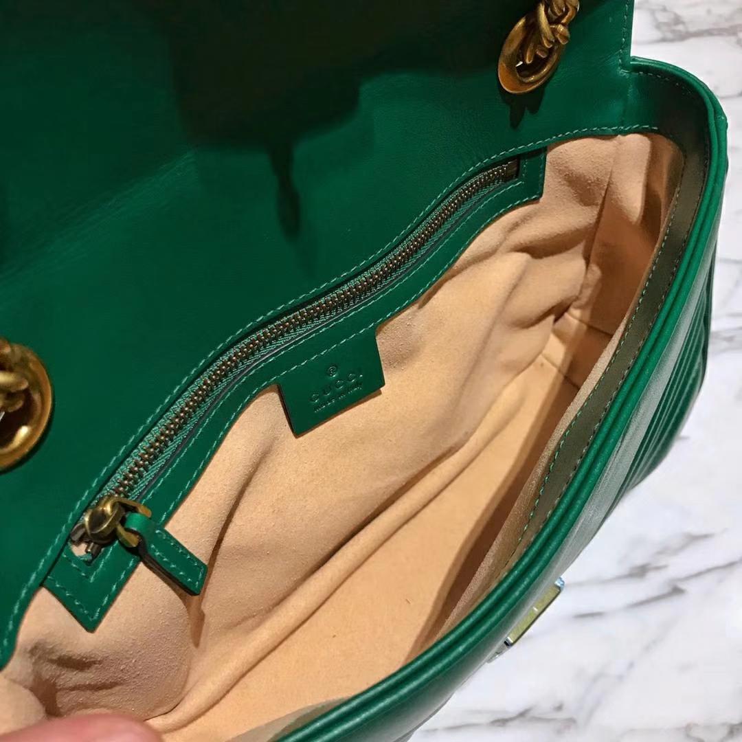 GUCCI官网同步 代购版本 原厂皮料五金打造 工艺一流 26cm 绿色