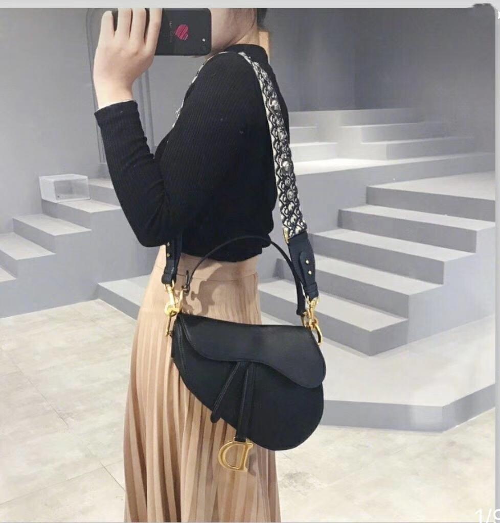 Dior 迪奥 原厂掌纹牛皮 黑色 马鞍包