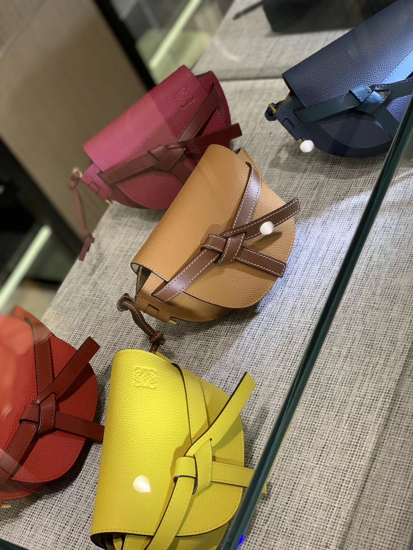 Loewe Gate系列 2019新色 斜挎小包 Mini号 焦糖色 酒红 黄色 大红 蓝色