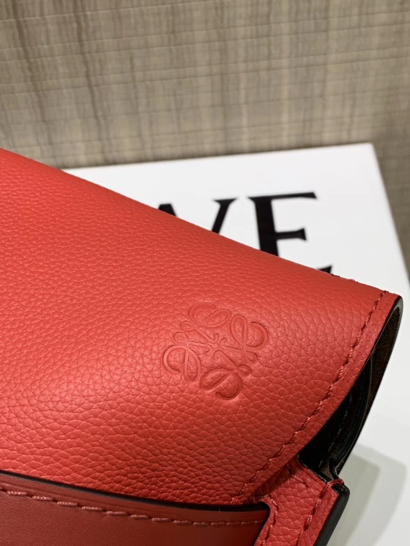 Loewe Gate系列 2019新色 斜挎中号 中国红