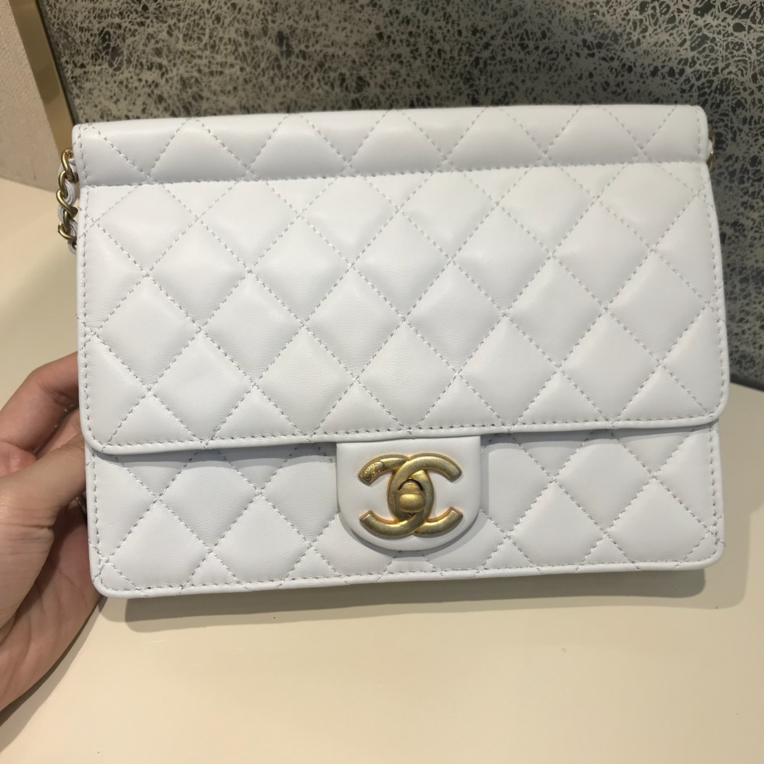 Chanel 香奈儿 新款链条珍珠包大号 进口小羊皮 白色 沙金