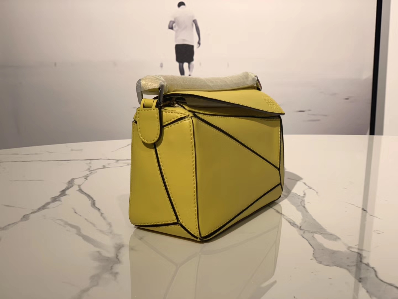 Loewe 罗意威 Puzzle mini  黄色 代购版