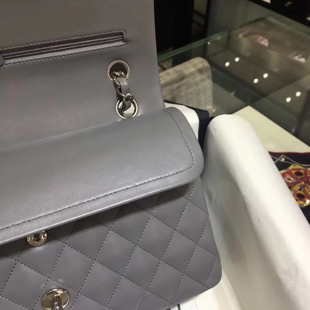 广州白云皮具城 正品开模 Classic Flap 小羊皮 灰色 25cm 银