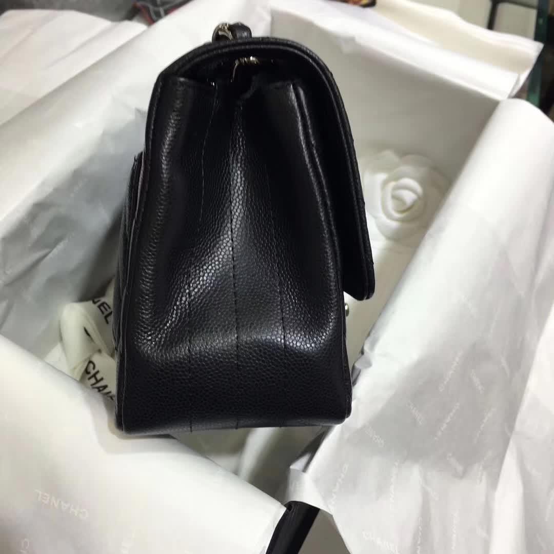 Chanel 香奈儿 Classic Flap V字绣 小鱼子酱 黑色 17cm 银