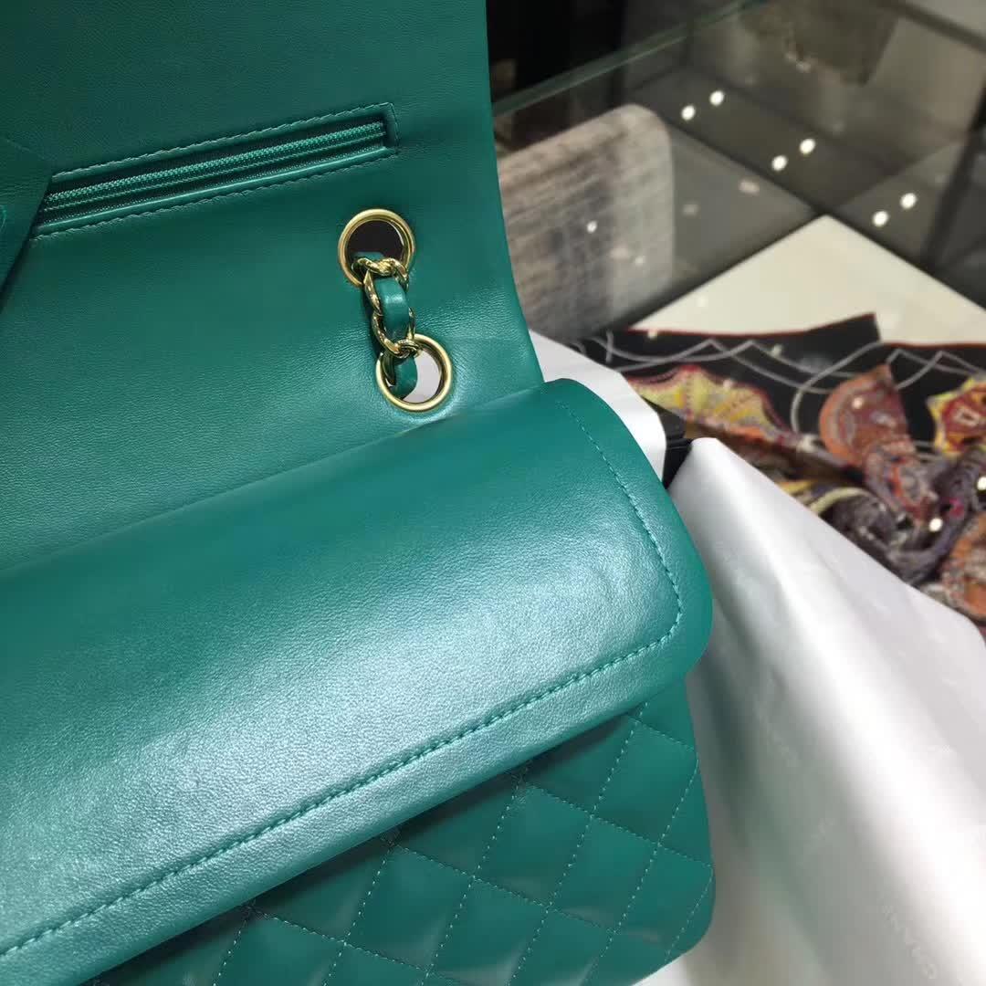 广州白云皮具城 Chanel 香奈儿 Classic Flap 小羊皮 翡翠绿 25cm 金