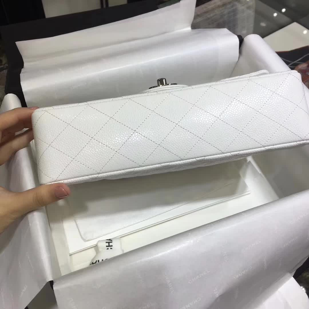 Chanel 香奈儿 Classic Flap 鱼子酱 白色 25cm  银五金
