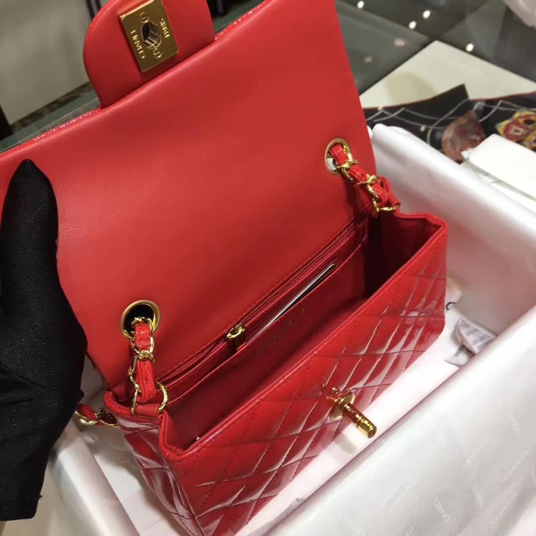 Chanel 香奈儿 Classic Flap 漆皮 大红 20cm  金