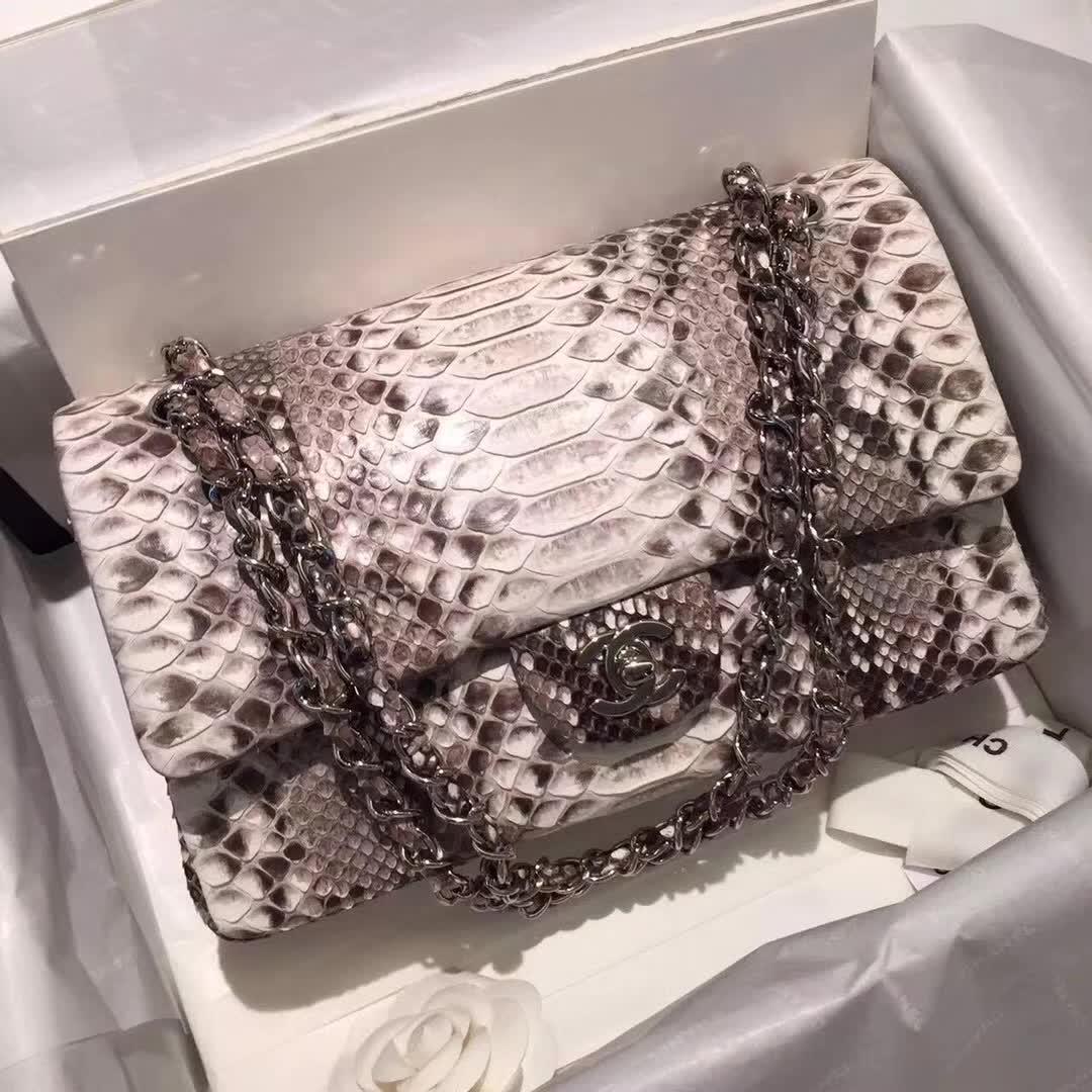 Chanel 香奈儿 Classic Flap  蛇皮 原花色 25cm 银 广州白云皮具城