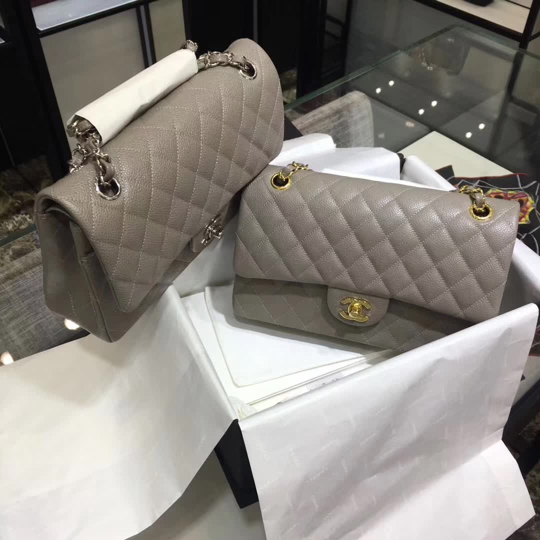 Chanel 香奈儿 专柜同步 Classic Flap 鱼子酱 灰色 25cm 银五金