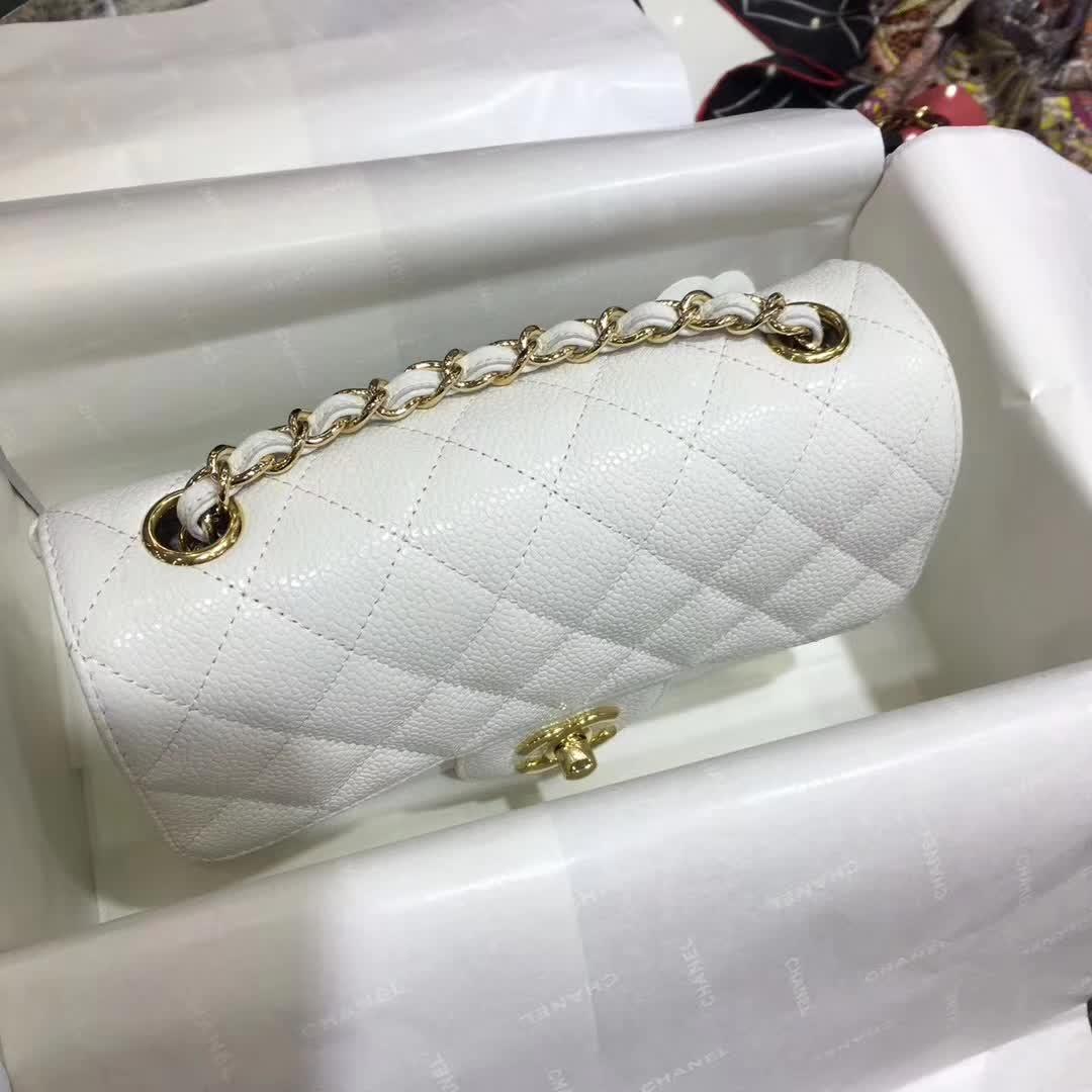 Chanel 香奈儿 Classic Flap 鱼子酱 白色 20cm 车边 金五金