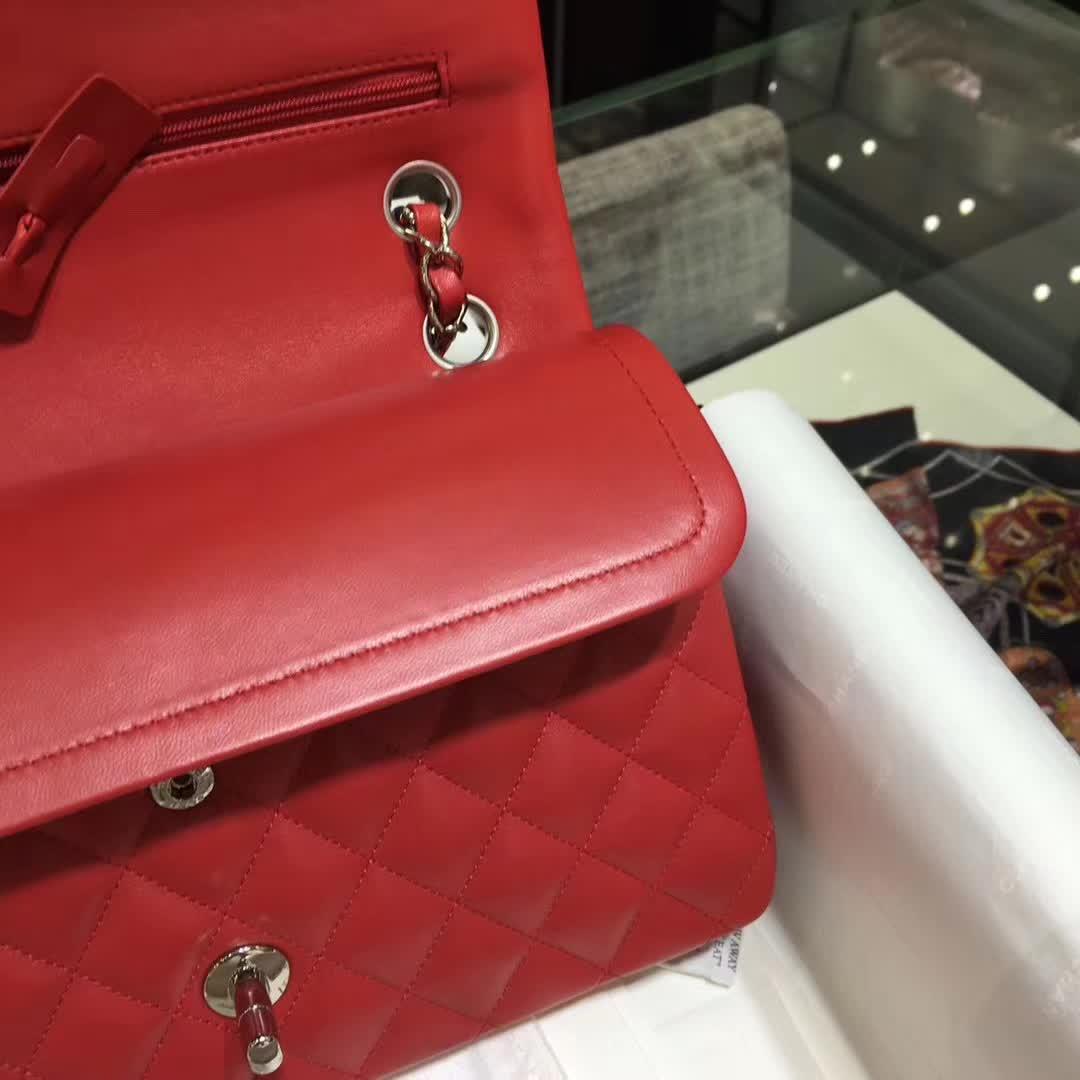 Chanel 香奈儿 Classic Flap 小羊皮 大红色 25cm  银五金