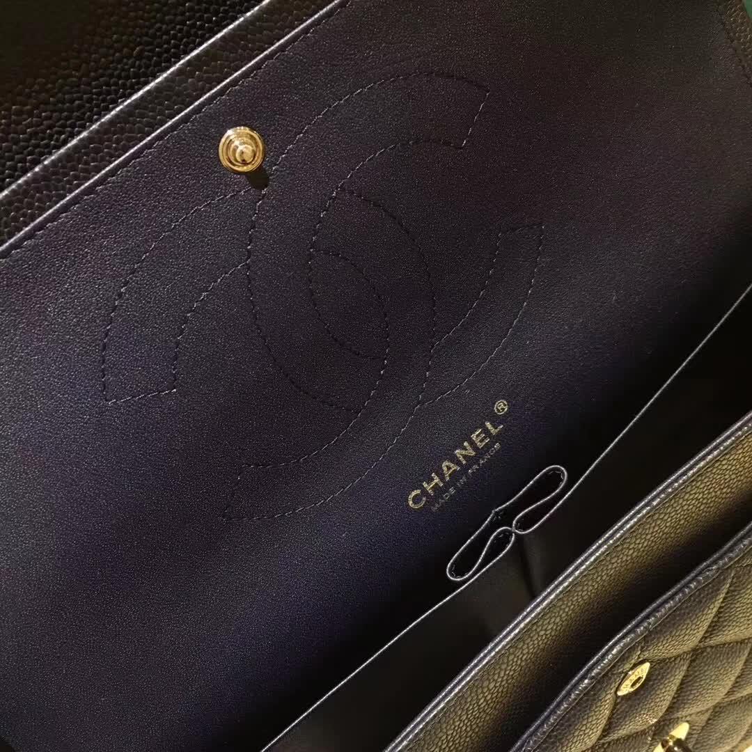 Chanel 香奈儿 Classic Flap 鱼子酱 海军蓝 30cm 银五金