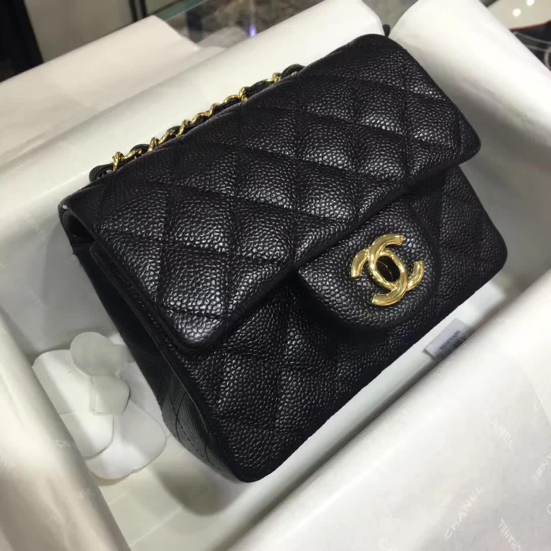 Chanel 香奈儿 Classic Flap 鱼子酱 黑色 17cm 金扣(现货)