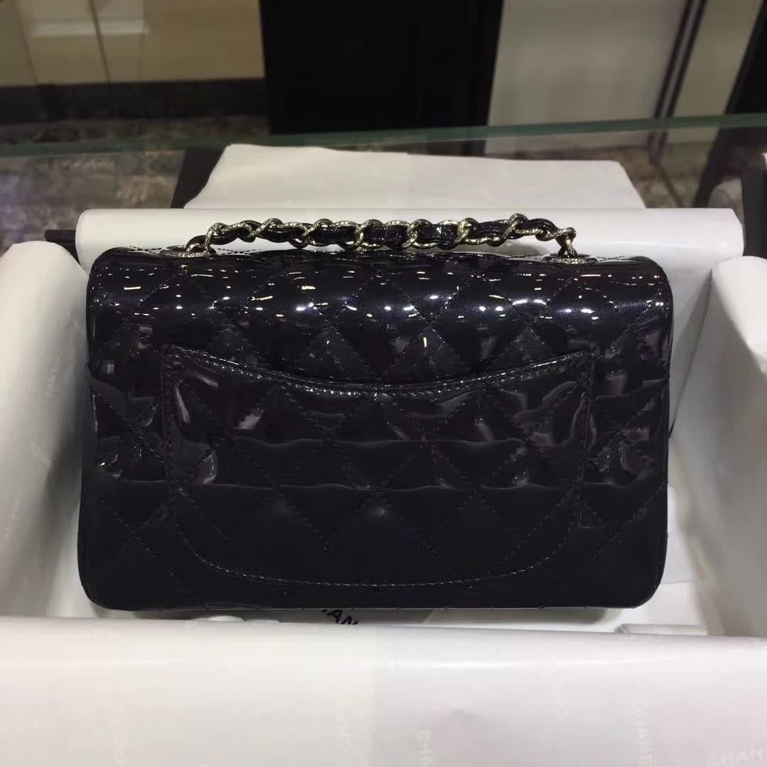 Chanel 香奈儿 ClassicFlap 漆皮 珠光铁灰 20cm 五金:银
