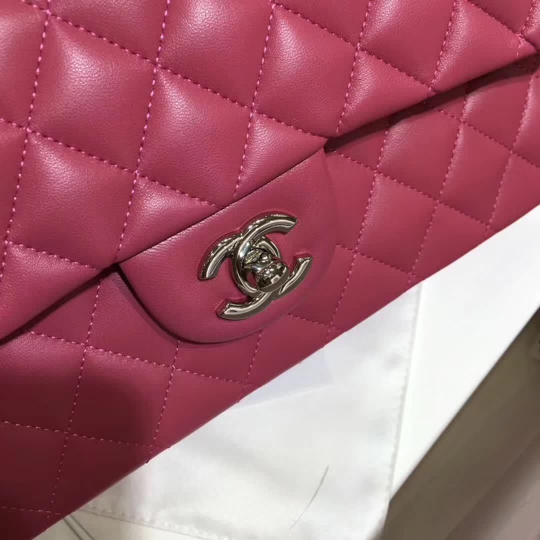Chanel 香奈儿 Classic Flap 小羊皮 桃粉 25cm 银扣