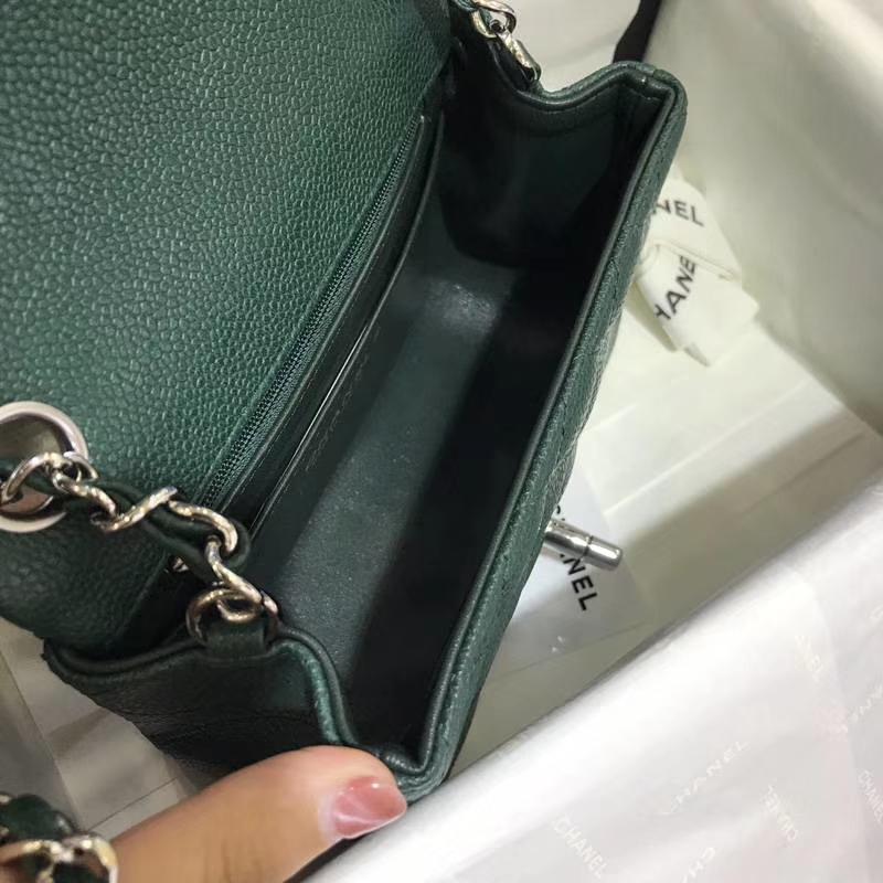 香奈儿 CHANEL Classic Flap  进口鱼子酱 17cm 翡翠绿 银扣 少量现货