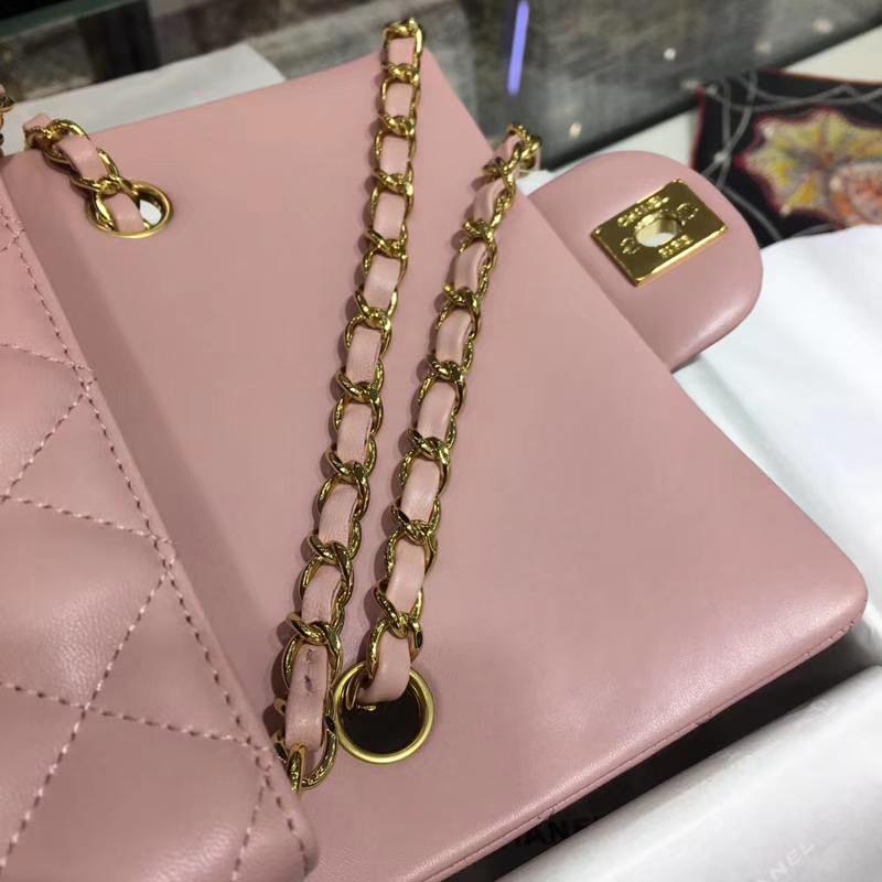 CHANEL 小香 Classic Flap Bag  进口小羊皮 20cm 感受细节 感受工艺 浅粉 金扣