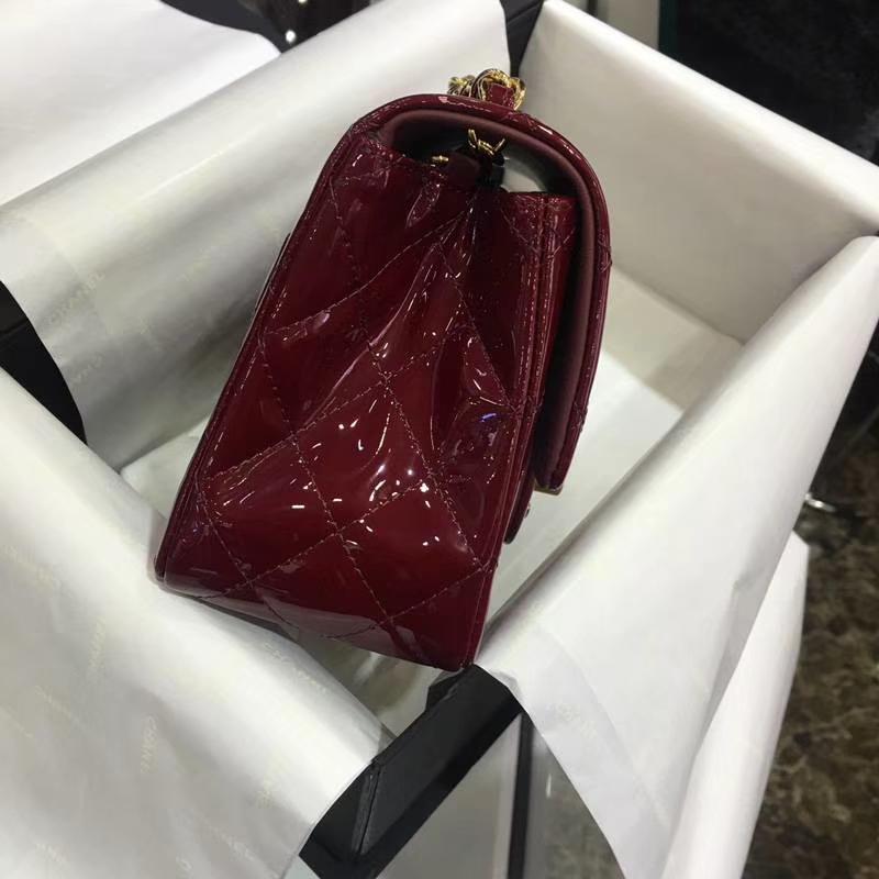 香奈儿 Classic Flap Bag  进口漆皮 17cm  感受细节 感受工艺 酒红 金扣