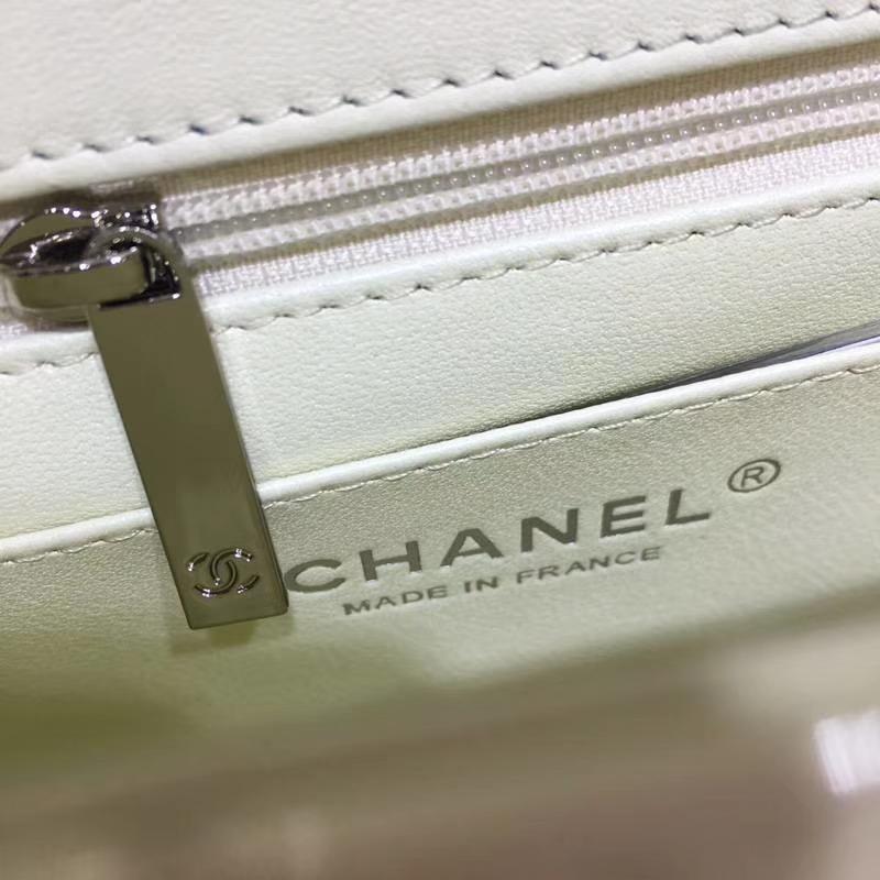 CHANEL 香奈儿 Classic Flap Bag  进口漆皮 20cm 感受细节 感受工艺 米白 金扣