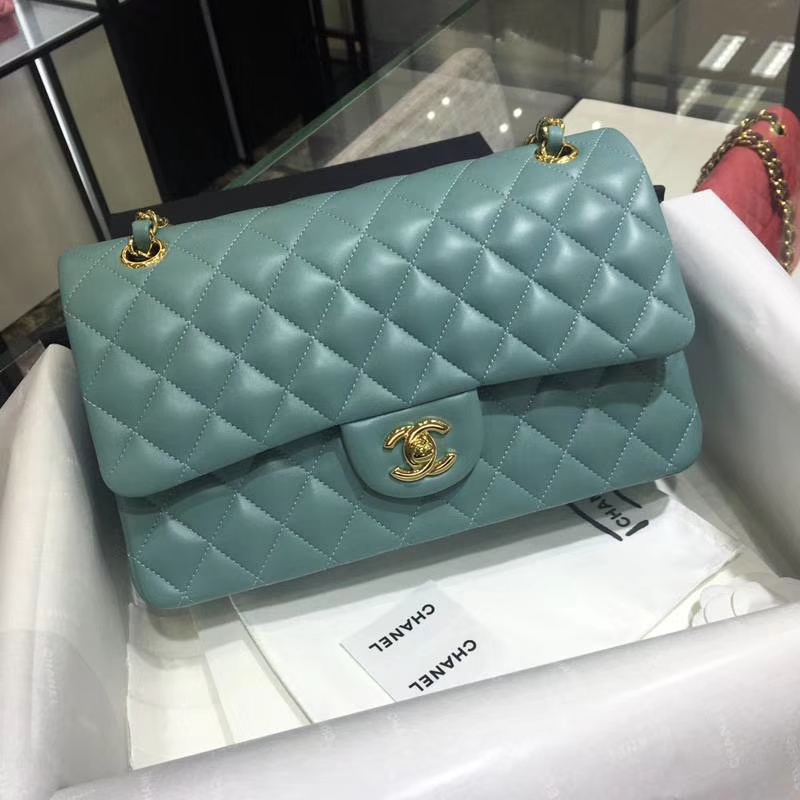 CHANEL 小香 Classic Flap Bag  25cm Medium Size  Imported lamb skin 进口小羊皮 25cm 现货 薄荷绿 金扣