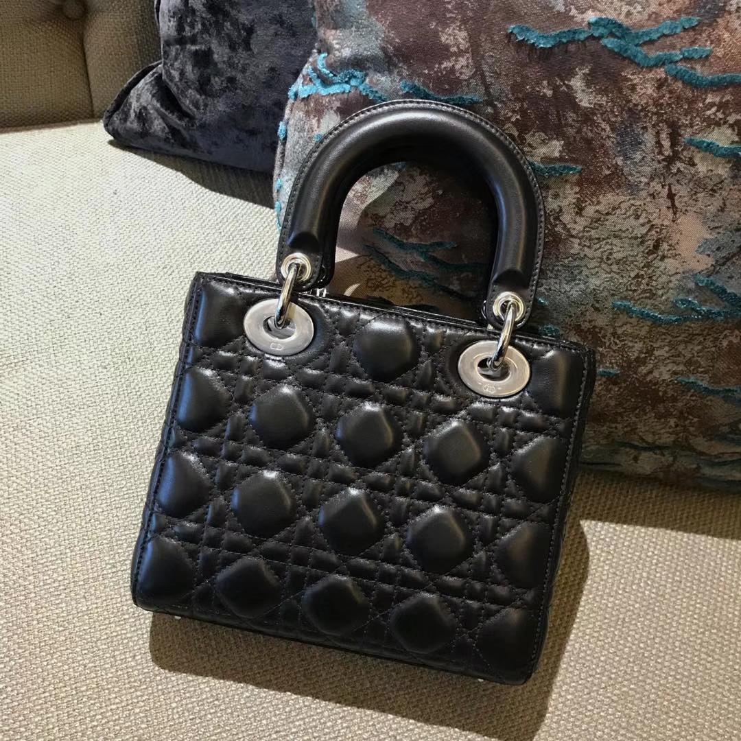 Dior 迪奥 四格戴妃包 金银扣 进口小羊皮 意大利原厂皮料 20cm 自选徽章款戴妃