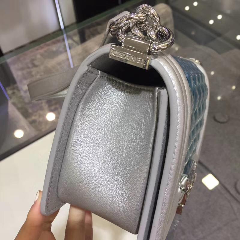 Chanel 香奈儿 Leboy Bag  PVC与小羊皮 20cm 彩扣