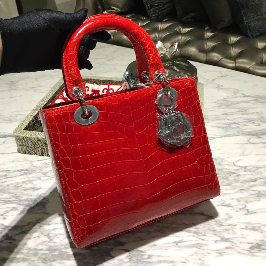 Dior 迪奥 鳄鱼皮 钻石扣定制 出货实拍 鲜艳番茄红