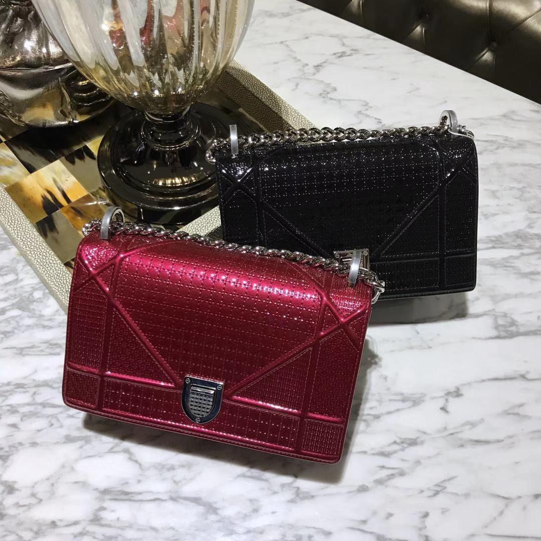 Dior 腾格纹 25cm/21cm 漆面 牛皮 黑色 红色