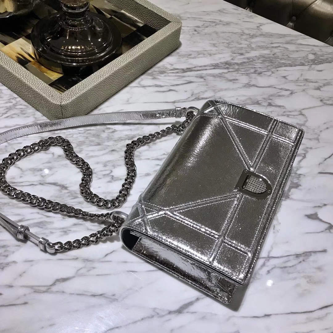 Dior 腾格纹 25cm/21cm 银色链条 银色 专柜同步
