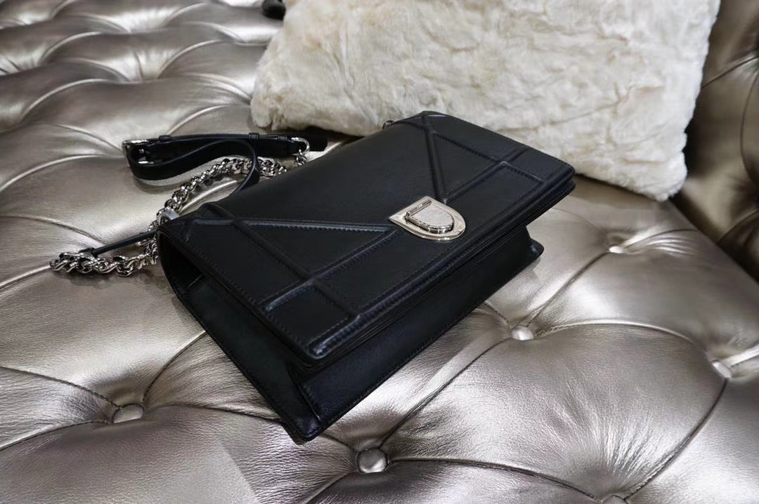 Dior 腾格纹 25cm/21cm 银色链条 黑色 白色 专柜同步