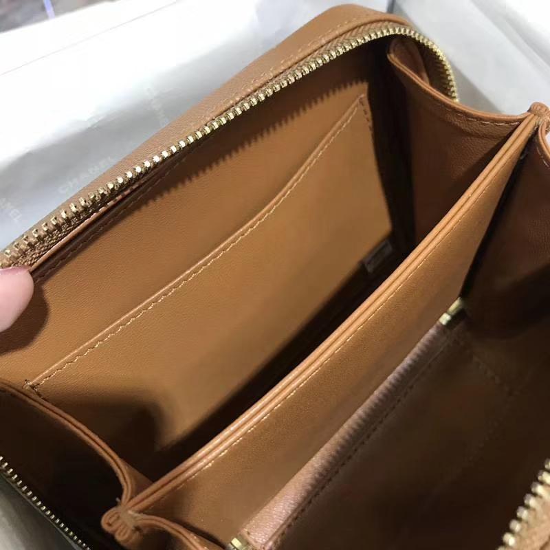 Chanel 香奈儿 化妆包 17cm 进口小鱼子酱 焦糖色 现货
