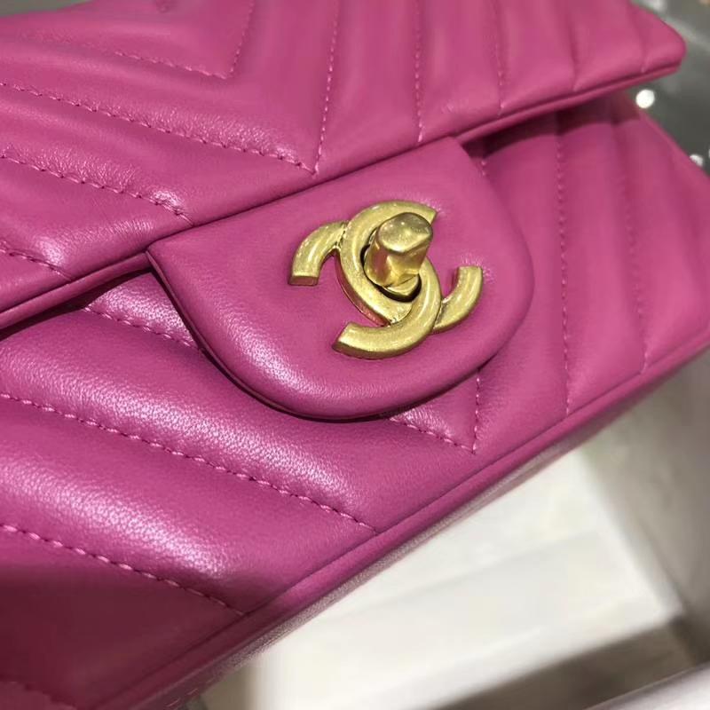 Chanel 香奈儿 V字绣 20cm 进口小羊皮 玫红色 配上怀旧金 客订出货 现货