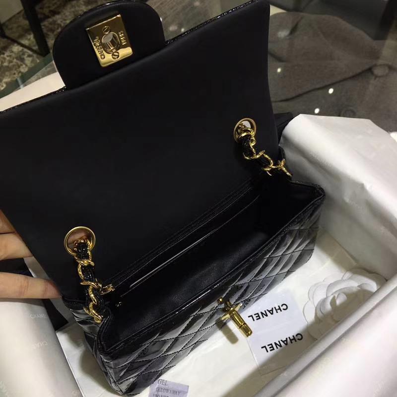 Chanel 香奈儿  Classic Flap  进口漆皮 20cm 黑色 金扣