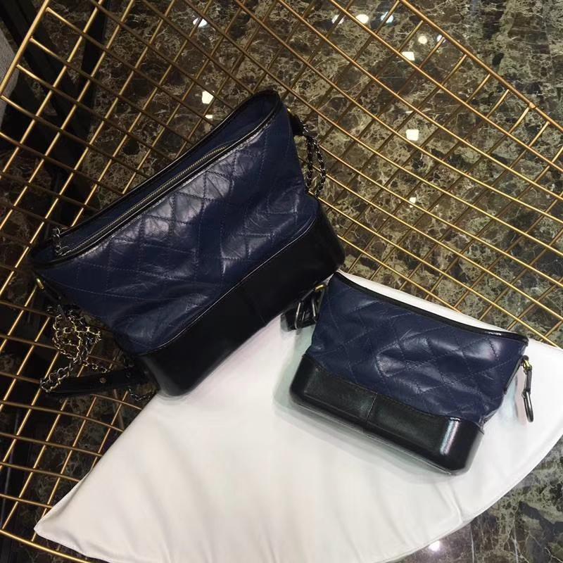 Chanel 香奈儿 小香流浪包 28cm和20cm对比图 进口头层羊皮