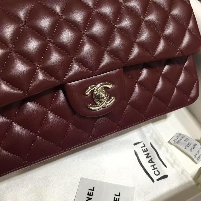 Chanel 香奈儿 Classic Flap Bag 进口小羊皮 25cm 现货 枣红 银扣