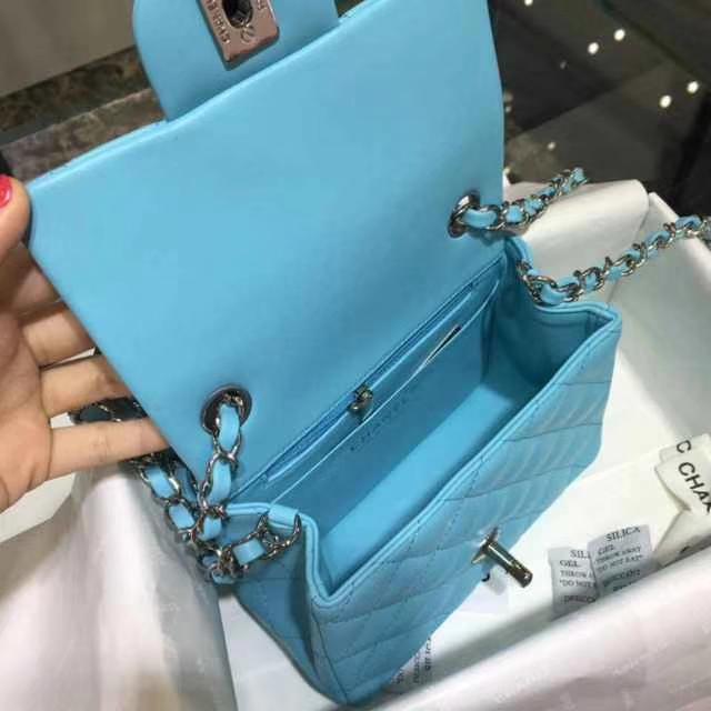 Chanel 香奈儿 Classic Flap Bag 进口小羊皮 17cm 现货 马卡兰 银扣
