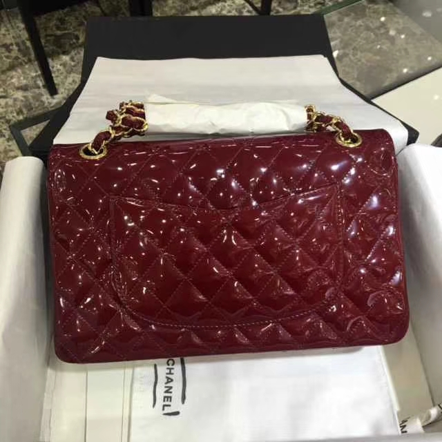 Chanel 香奈儿 Classic Flap Bag  进口漆皮 25cm 酒红 金扣 现货