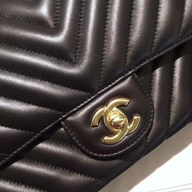 Chanel 香奈儿  Classic Flap Bag V字 进口小羊皮 25cm 现货 黑色 金扣