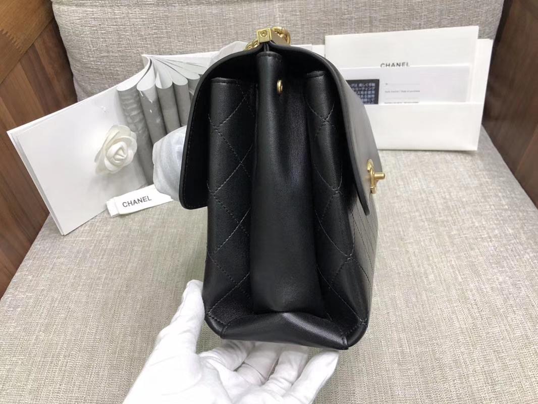 2018年新款口盖包 进口小羊皮 金色金属黄 黑色28cm